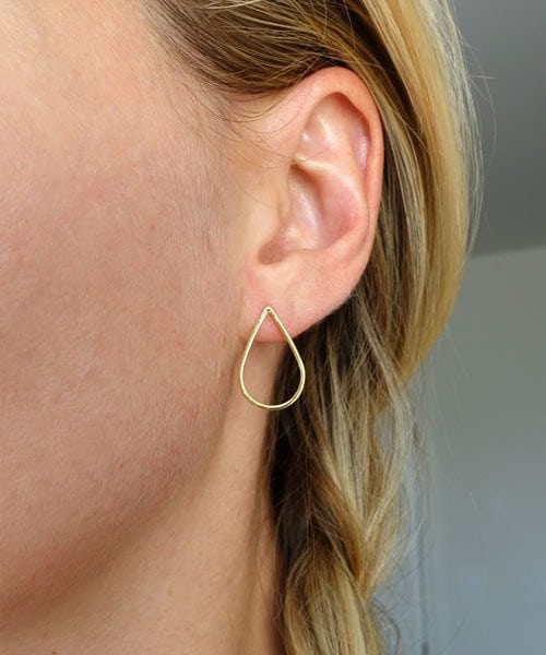 E Outline Earring Teardrop 1 1