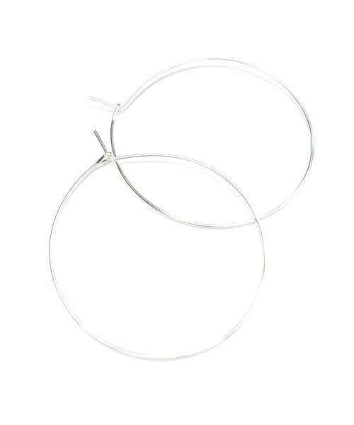 Featherweight Hoop – Large Silver