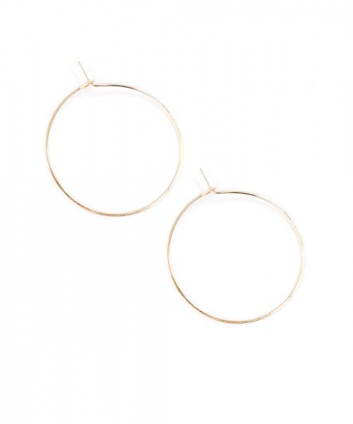 Featherweight Hoop – Small Gold